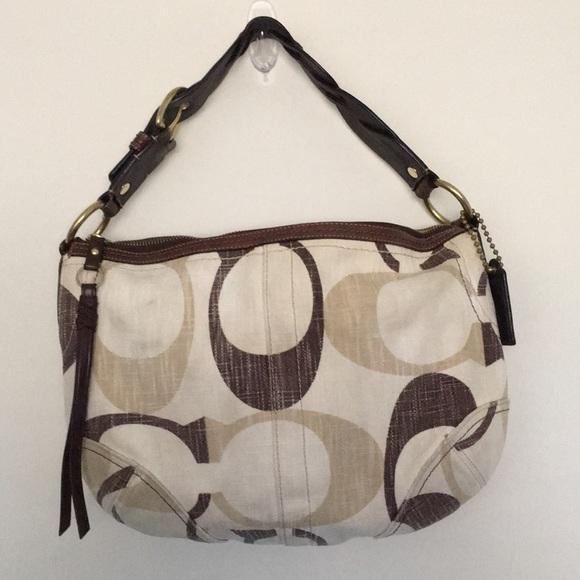 Coach Handbags - Authentic Small/Medium COACH Purse/Bag